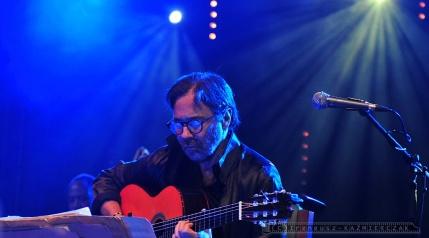 Gitarzysta Al Di Meola gra w Szybie Wilson .