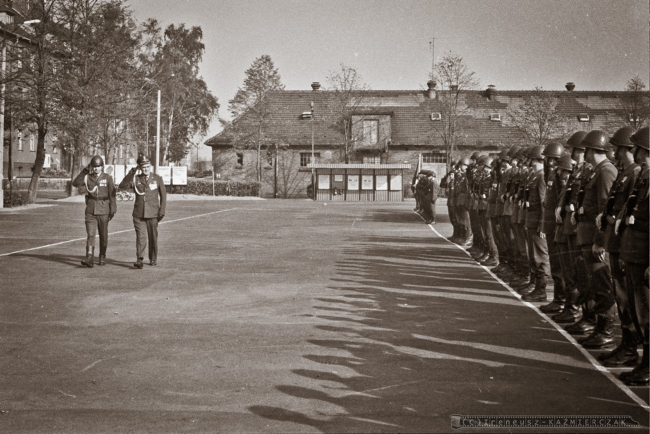 [Obrazek: 130_11-batalion-rozpoznania-radioelektro...erczak.jpg]