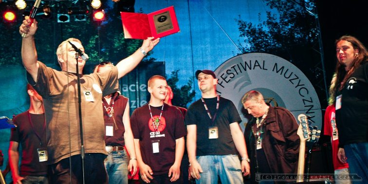 IX Tyski Festiwal Muzyczny im. Ryska Riedla_29-07-2007_fot_Ireneusz KAZMIERCZAK
