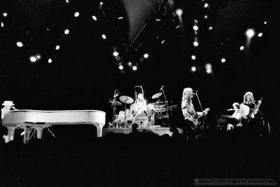 ELTON JOHN_Katowice_26-04-1984_fot_Ireneusz_KAZMIERCZAK