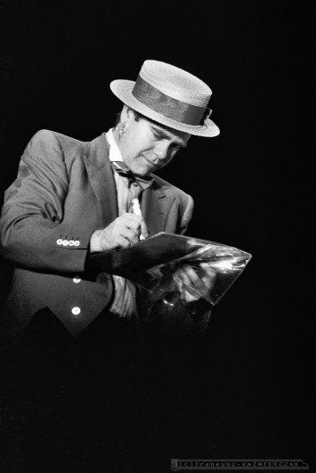 ELTON JOHN - KATOWICE -1984