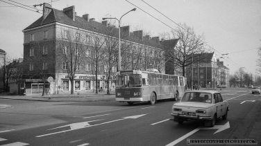 TROLEJBUS - TYCHY - 04.1987_FOT. IRENEUSZ KAŹMIERCZAK