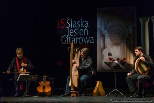 XV ŒSLASKA JESIEN GITAROWA_TYCHY_13-10-2014_FOT_IRENEUSZ KAZMIERCZAK