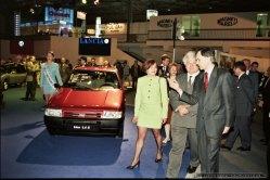 MIEDZYNARODOWE TARGI MOTORYZACJI_POZNAN_08-05-1996_FOT_IRENEUSZ KAZMIERCZAK