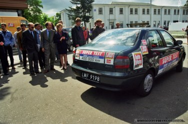 MIEDZYNARODOWE TARGI MOTORYZACJI_POZNAN_25-05-1998_FOT_IRENEUSZ KAZMIERCZAK