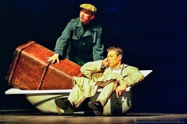 POCIAG DO..._Teatr BELFEgoR_Tychy_1999_FOT_IRENEUSZ KAZMIERCZAK. S³awomir ¯ukowski za³o¿y³ Teatr BELFEgoR w Tychach w 1986 roku.